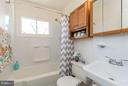 Updated full bath - 6800 DUKE DR, ALEXANDRIA