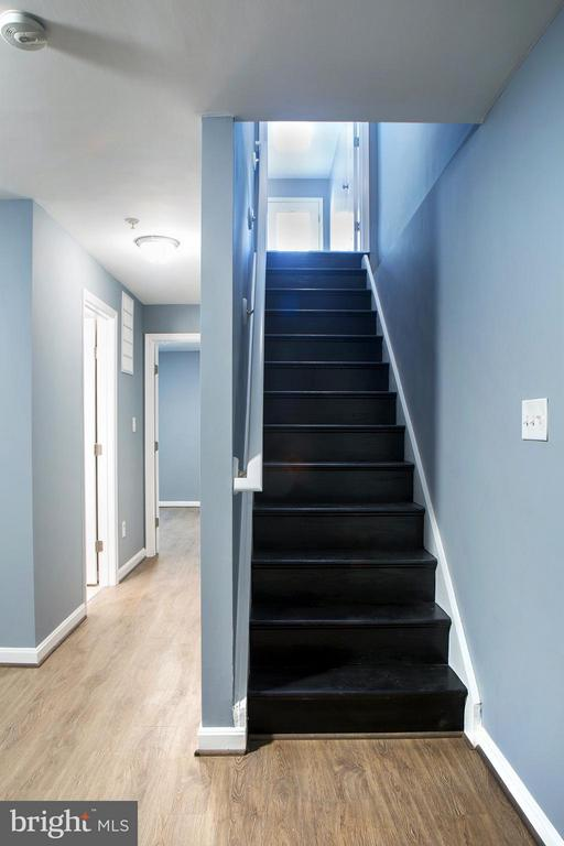 Tiled Family Room - 1628 27TH ST SE, WASHINGTON