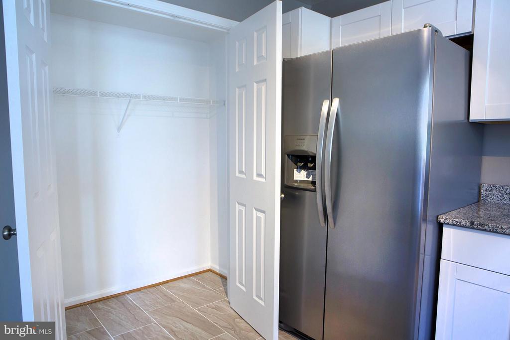 See, BIG Closet! - 1628 27TH ST SE, WASHINGTON
