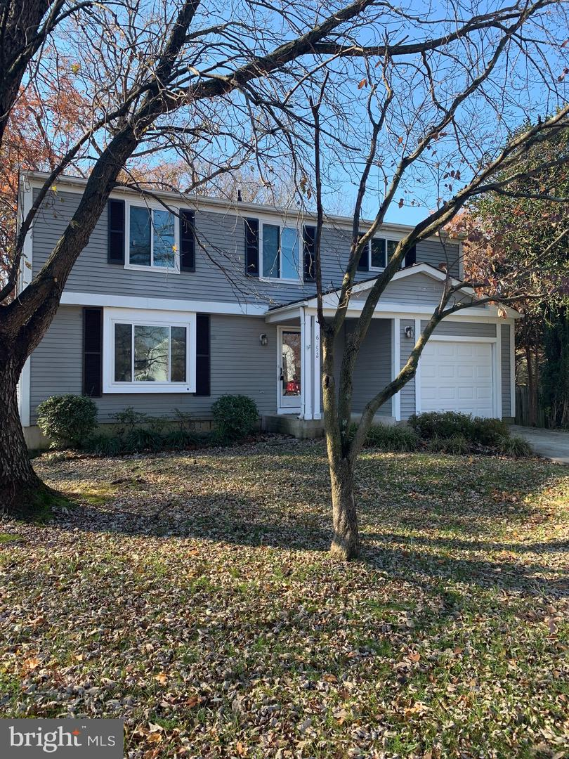 Single Family for Sale at 6152 Mclendon Ct Alexandria, Virginia 22310 United States