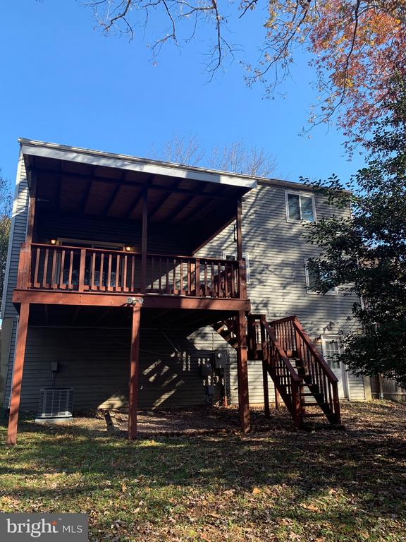 Rear View of Home and Back Porch - 6152 MCLENDON CT, ALEXANDRIA