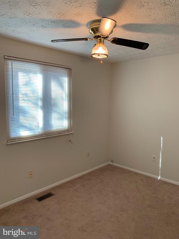 Bedroom 4 - 6152 MCLENDON CT, ALEXANDRIA