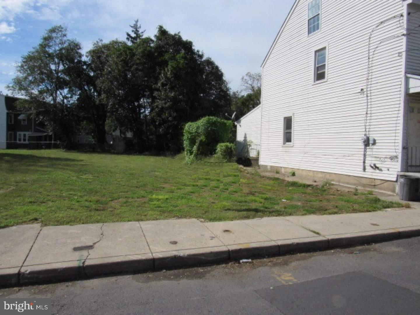 Land for Rent at 564 YORK Street Burlington, New Jersey 08016 United States