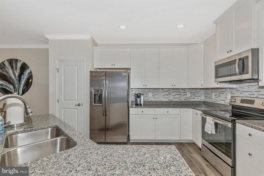Kitchen - 6521 WALCOTT LN #104, FREDERICK