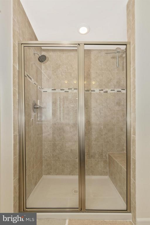Master Bathroom - 6521 WALCOTT LN #104, FREDERICK