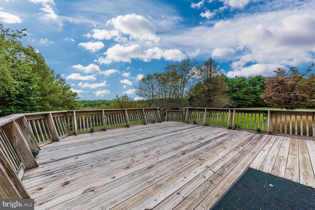 EXTENDED BACK DECK - 7433 OLD WASHINGTON RD, WOODBINE