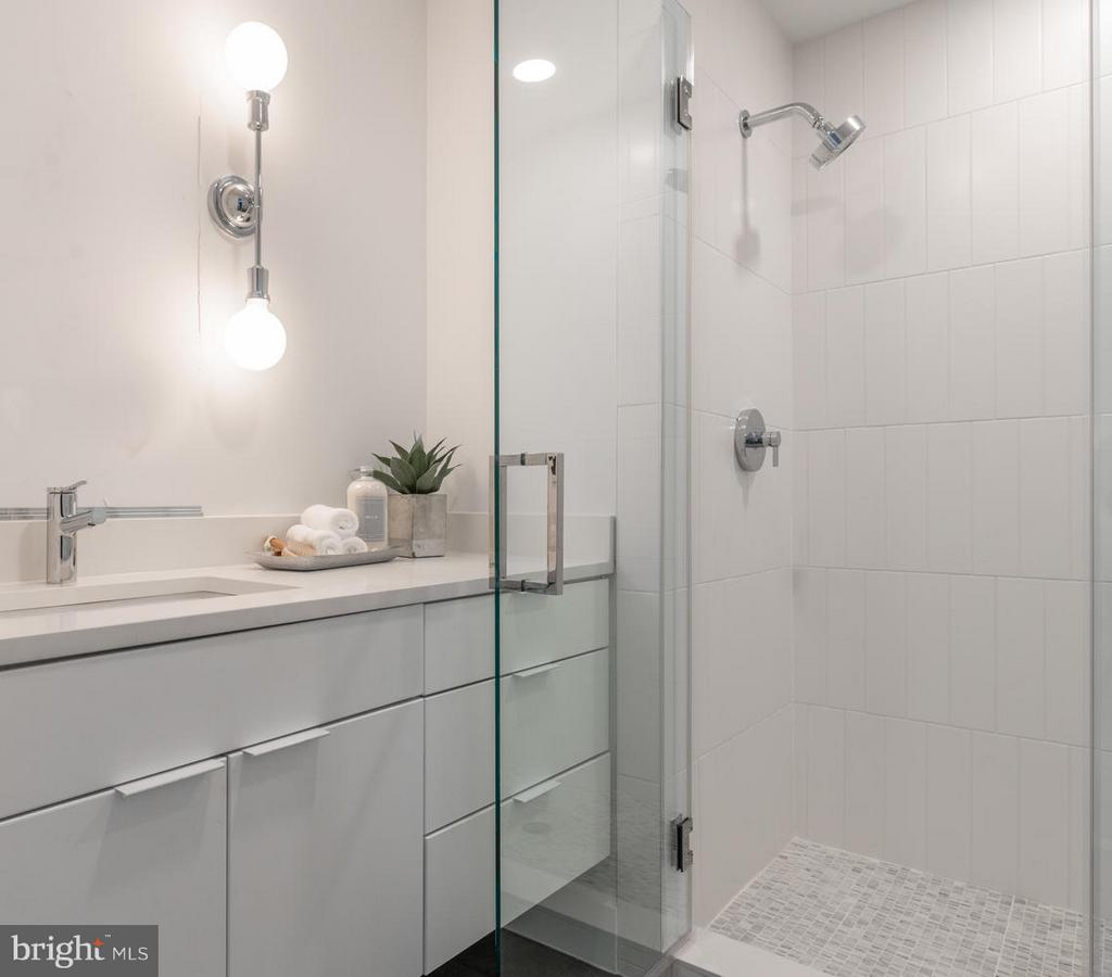 bathroom - 801 VIRGINIA AVE SE #406, WASHINGTON