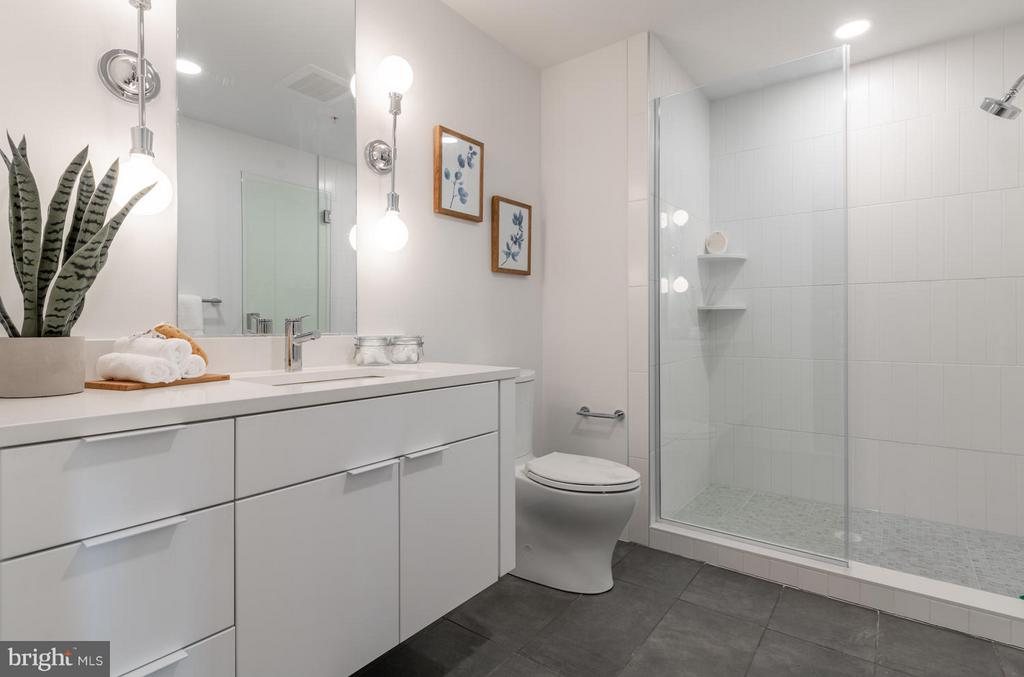 Lower level bathroom - 801 VIRGINIA AVE SE #406, WASHINGTON