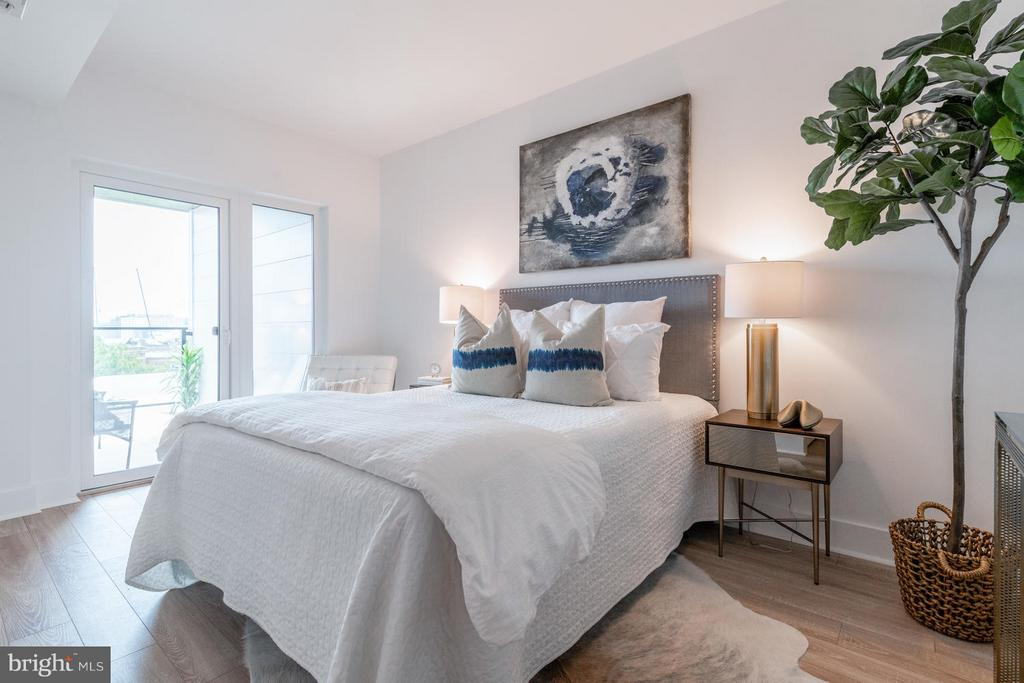 Upper level bedroom - 801 VIRGINIA AVE SE #406, WASHINGTON