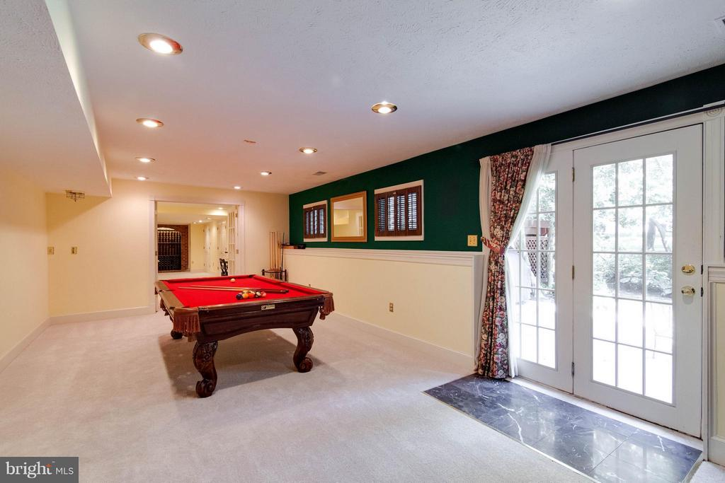 Perfect for pool table to gaming tables - 43322 BUTTERFIELD CT, ASHBURN