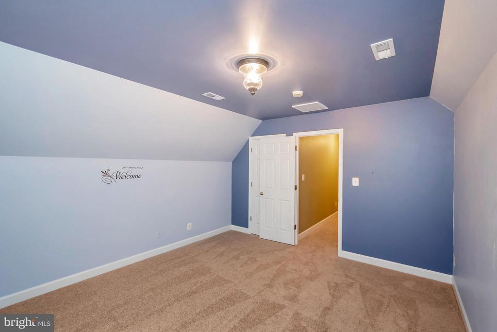 Bedroom 4 - 11904 BUTTERCUP LN, FREDERICKSBURG