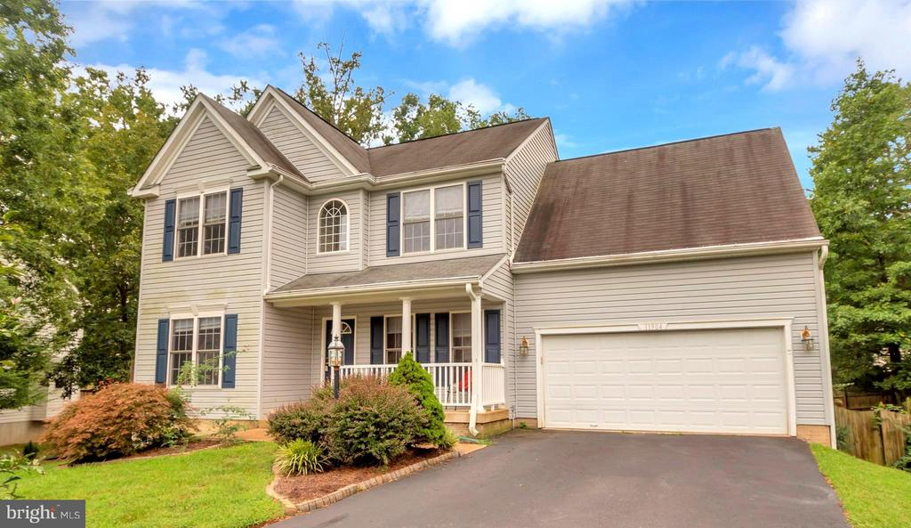 Welcome Home to 11904 Buttercup Ln! - 11904 BUTTERCUP LN, FREDERICKSBURG