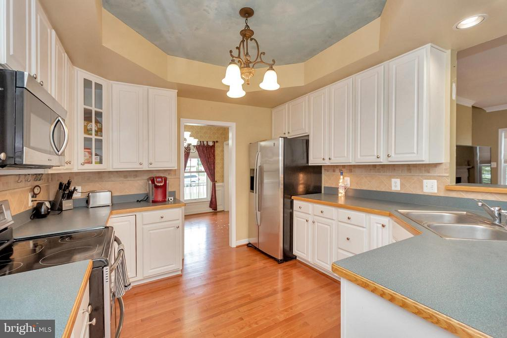 Kitchen - 11904 BUTTERCUP LN, FREDERICKSBURG