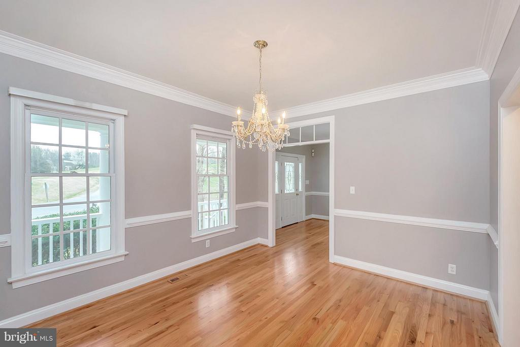 Light filled Dining Room - 7100 MONUMENT CT, SPOTSYLVANIA