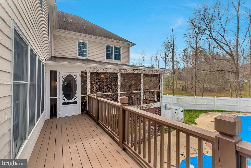 Rear deck - 7100 MONUMENT CT, SPOTSYLVANIA
