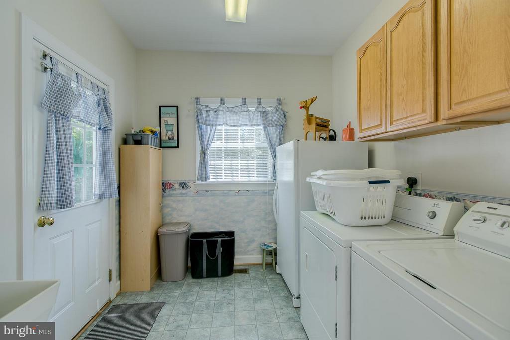Laundry Room - 121 CASCADE LN, FREDERICKSBURG