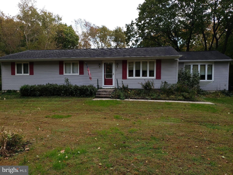 Enfamiljshus för Försäljning vid 1651 CLAYTON WILLIAMSTOWN Road Franklinville, New Jersey 08322 Förenta staternaI/Runt: Franklin Township