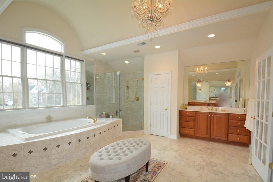 Master Bath w/high ceiling, French Doors, - 4200 PINERIDGE DR, ANNANDALE