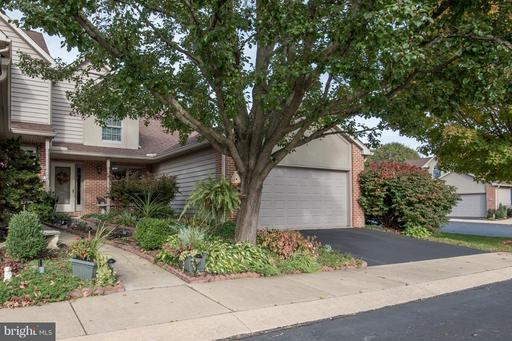 Property for sale at 1 Cardiff Ct, Lititz,  PA 17543