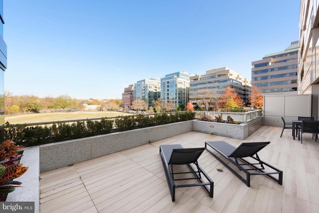 Terrace - 2501 M ST NW #211, WASHINGTON