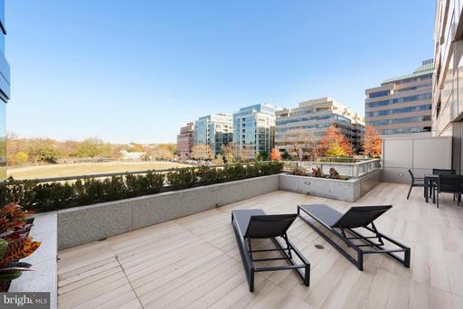 2501 M ST NW #211