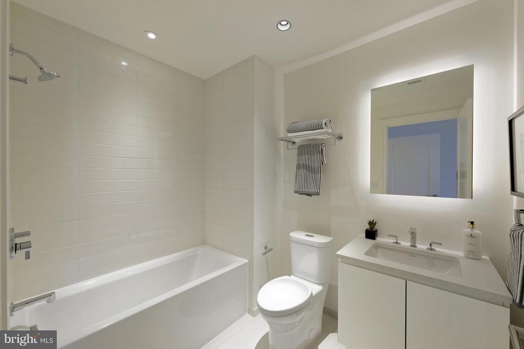 Bath - 2501 M ST NW #211, WASHINGTON