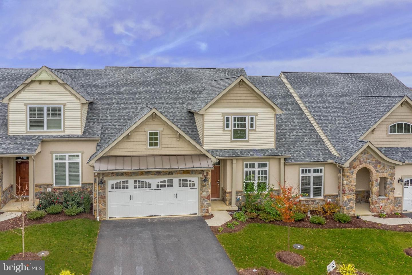 Photo of home for sale at 506 Springbrook Drive, Palmyra PA