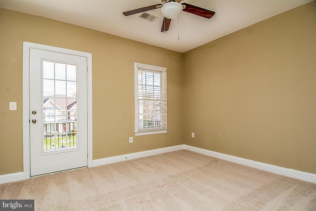 BR #3 ALSO HAS ACCESS TO BALCONY & ITS OWN BATH - 12282 TIDESWELL MILL CT, WOODBRIDGE