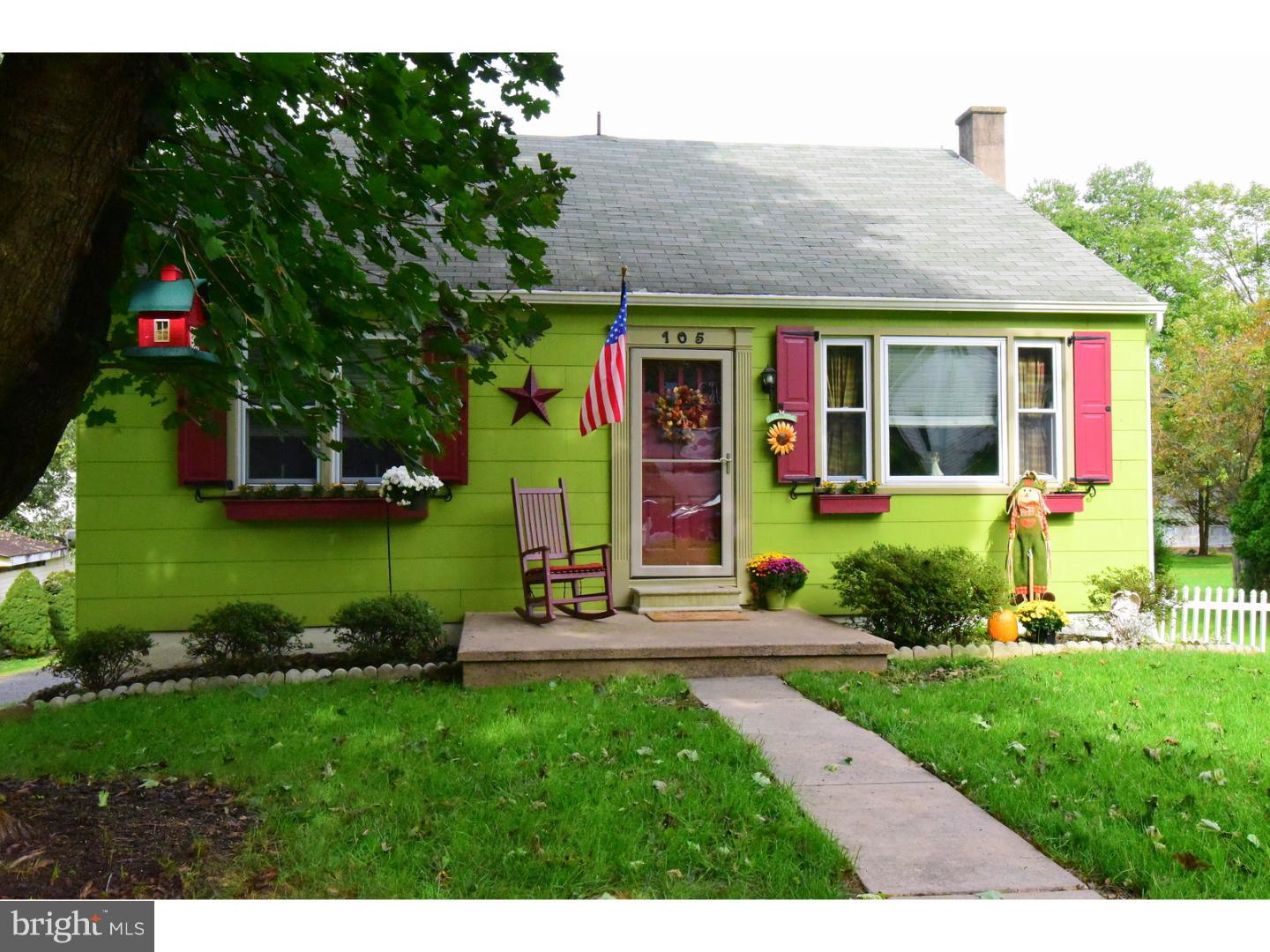 Photo of home for sale at 105 Green Street, Green Lane PA