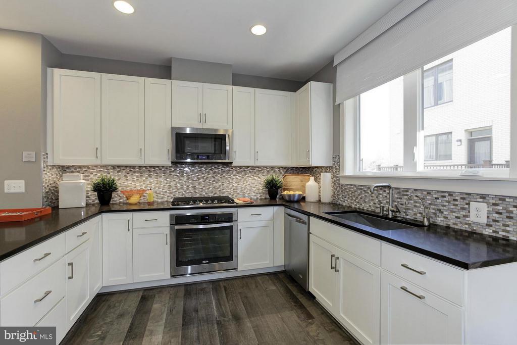 Kitchen - 6602 EAMES WAY #BURCH MODEL, BETHESDA