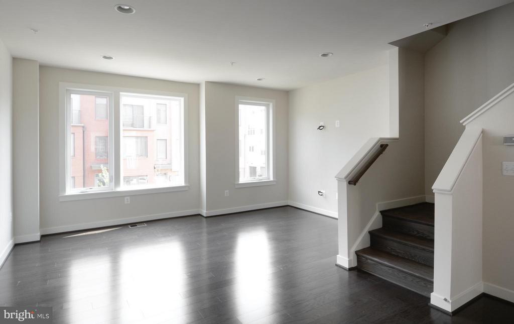 Living Room - 16198 DECKER PL #COPELAND, ROCKVILLE