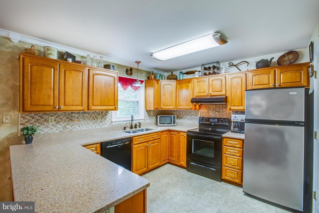 Kitchen - 3500 SADDLEBROOKE DR, SPOTSYLVANIA