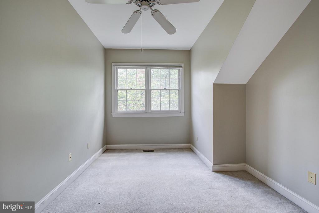 Bedroom 2 - 1504 COLONIAL CT N, ARLINGTON