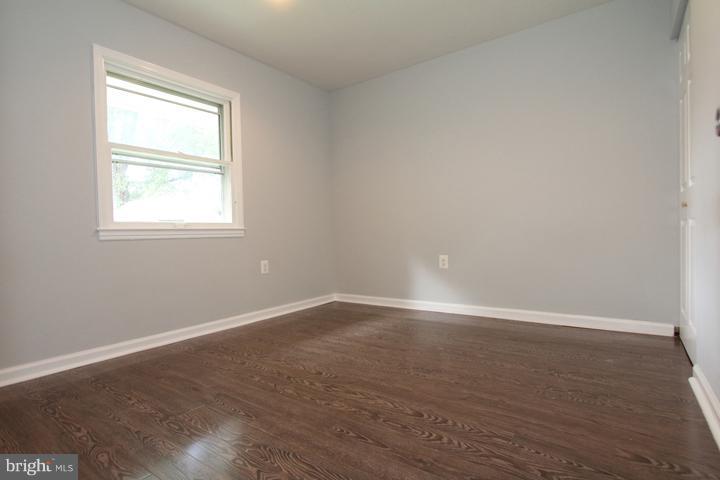 Bedroom #2 - 702 DICKENSON CT, STERLING