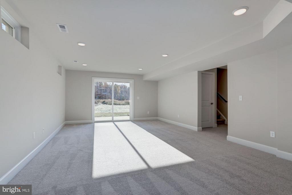 This lot features a walk out basement - PINEWOOD, FREDERICKSBURG