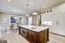 Kitchen with Center Island - 3200 ABINGDON ST, ARLINGTON