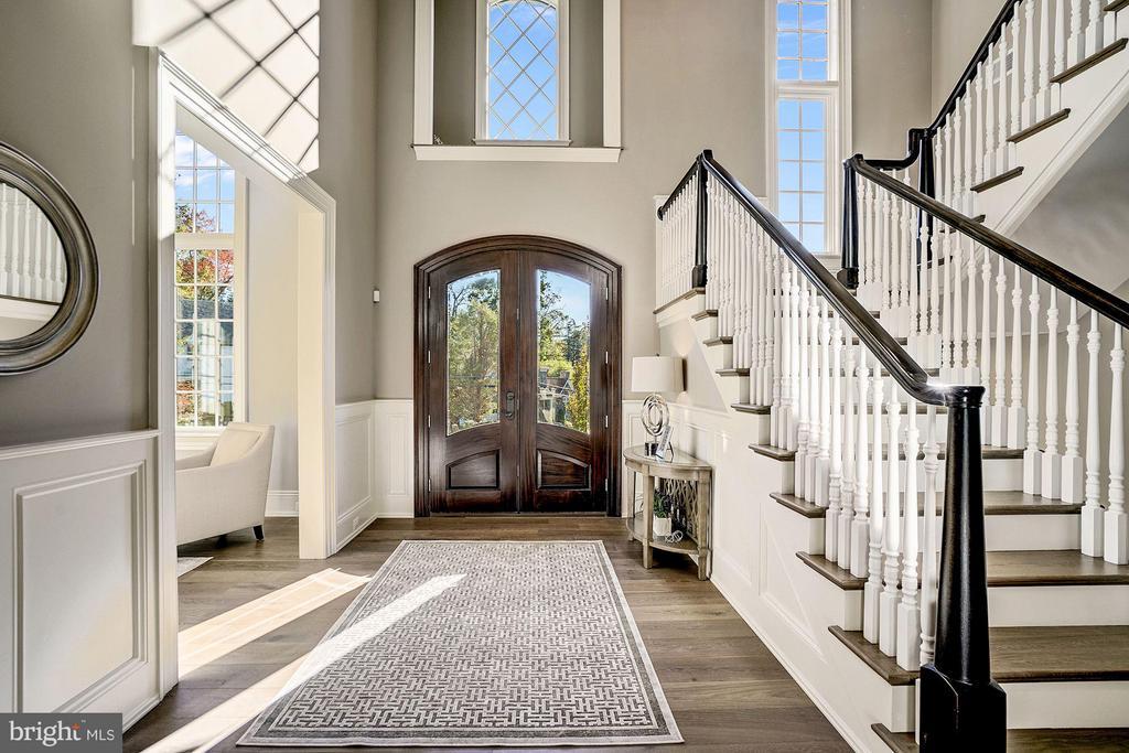 Grand Foyer with Mahogany Door - 3200 N ABINGDON ST, ARLINGTON