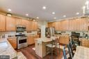 Huge Pantry, laundry rm w/cabinets and countertop - 6412 TINKLING SPRINGS CT, MANASSAS