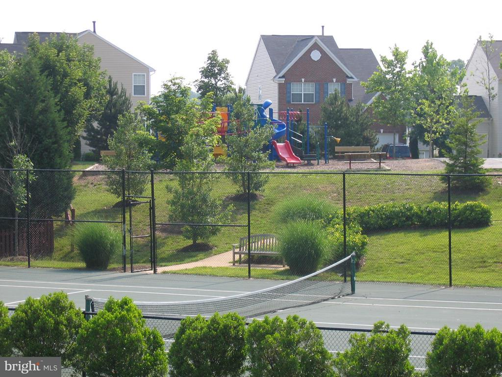 Ashland has 2 tennis courts & playrounds - 6412 TINKLING SPRINGS CT, MANASSAS