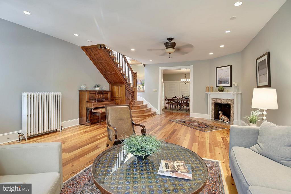 Living Room - 215 5TH ST NE, WASHINGTON
