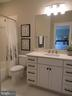 Bath - 3122 BARKLEY DR, FAIRFAX