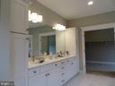 Bath (Master) - 3122 BARKLEY DR, FAIRFAX