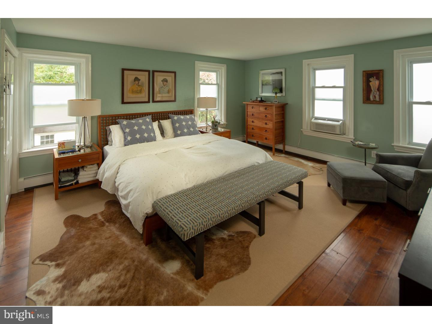 Additional photo for property listing at 61 CLINTON Street  Lambertville, New Jersey 08530 United States