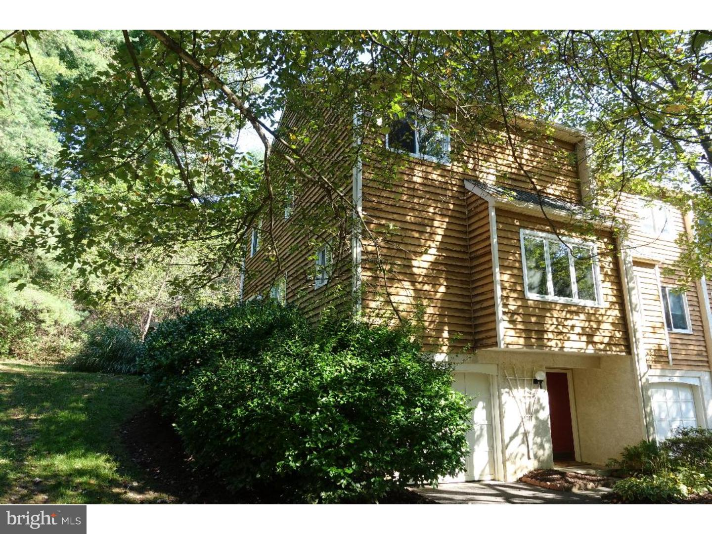 Photo of home for sale at 401 Southpoint Drive, Chadds Ford PA