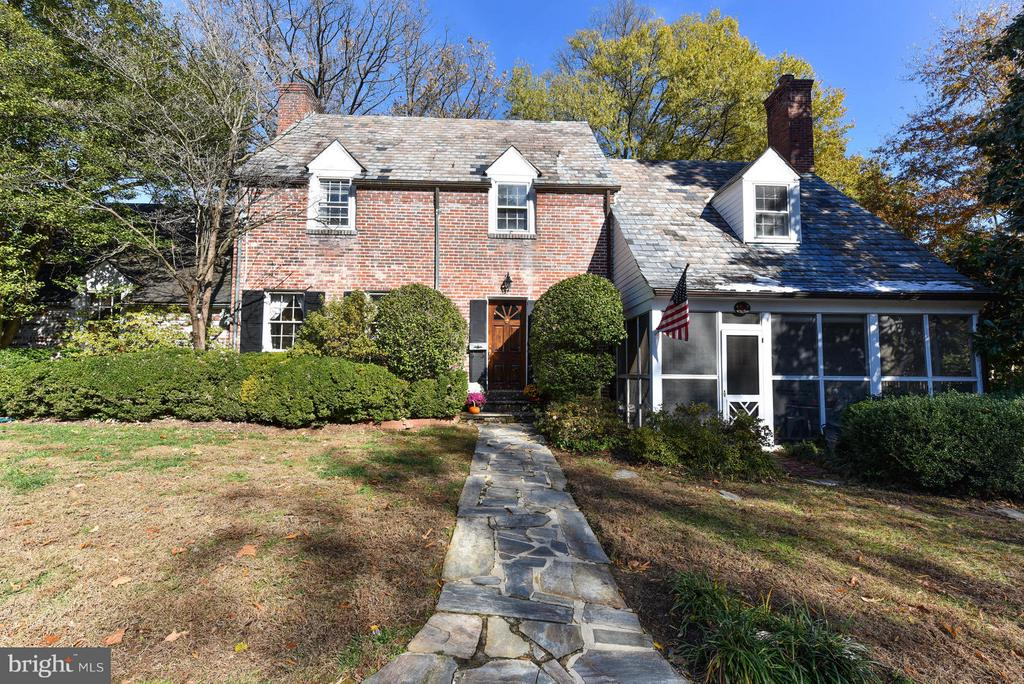 1932  SUMMIT TERRACE 22307 - One of Alexandria Homes for Sale