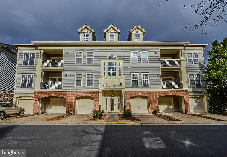 11337 WESTBROOK MILL LANE 303, FAIRFAX, Virginia