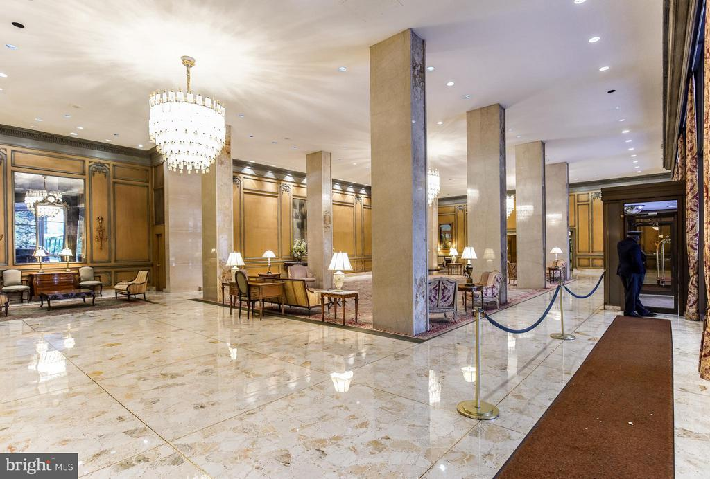 Stunning Lobby - 2801 NEW MEXICO AVE NW #919, WASHINGTON