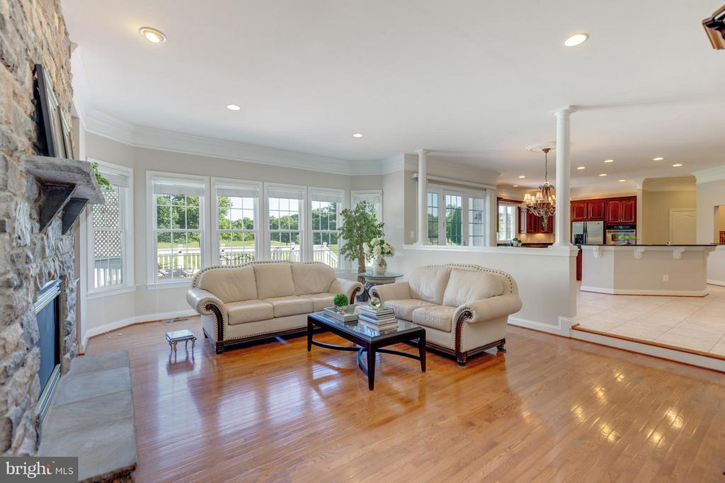 Family Room off Kitchen with Scenic Views - 41605 SWIFTWATER DR, LEESBURG