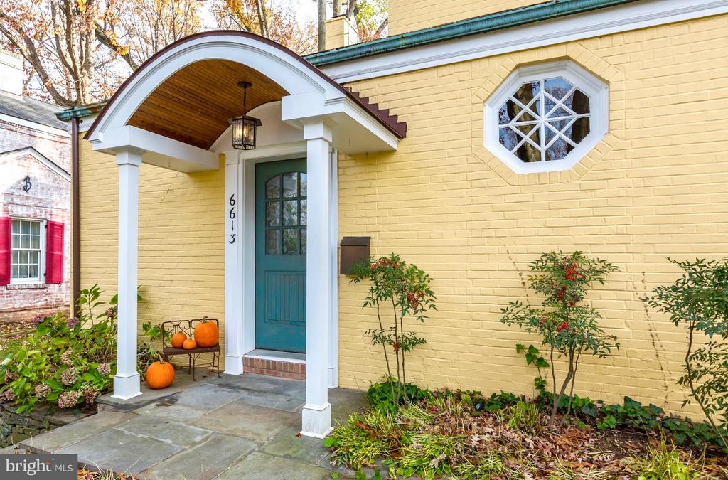 Charming custom portico greets your guests. - 6613 32ND ST NW, WASHINGTON