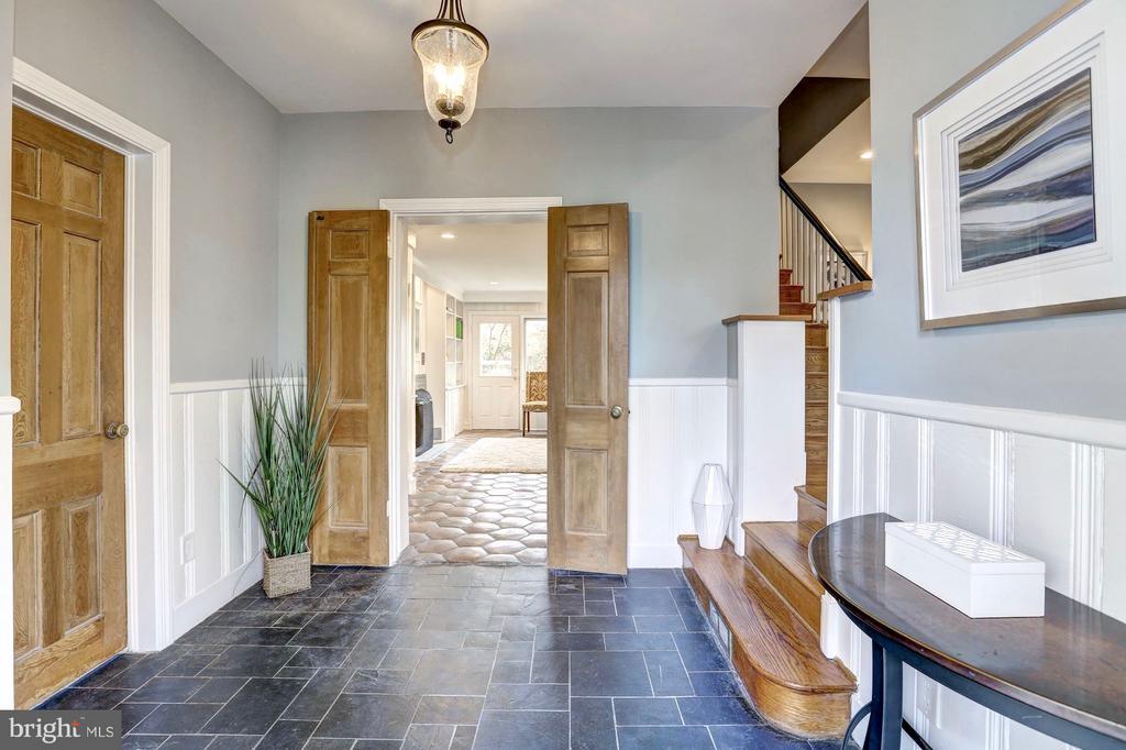 Welcoming foyer w/ slate floor and wainscoting - 6613 32ND ST NW, WASHINGTON